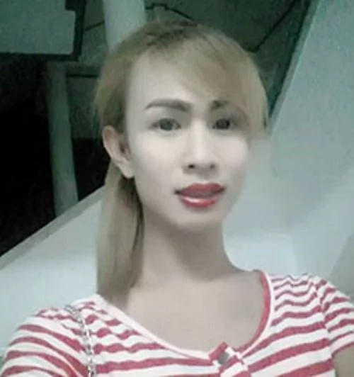 Dead body of transgender found under a bed in a hotel