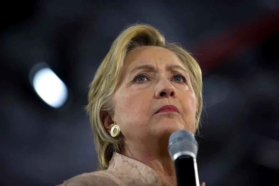 FBI found 15 000 more Clinton E-mails