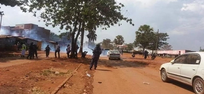 Police Fire At Supporters Of Museveni's Rival Amama Mbabazi