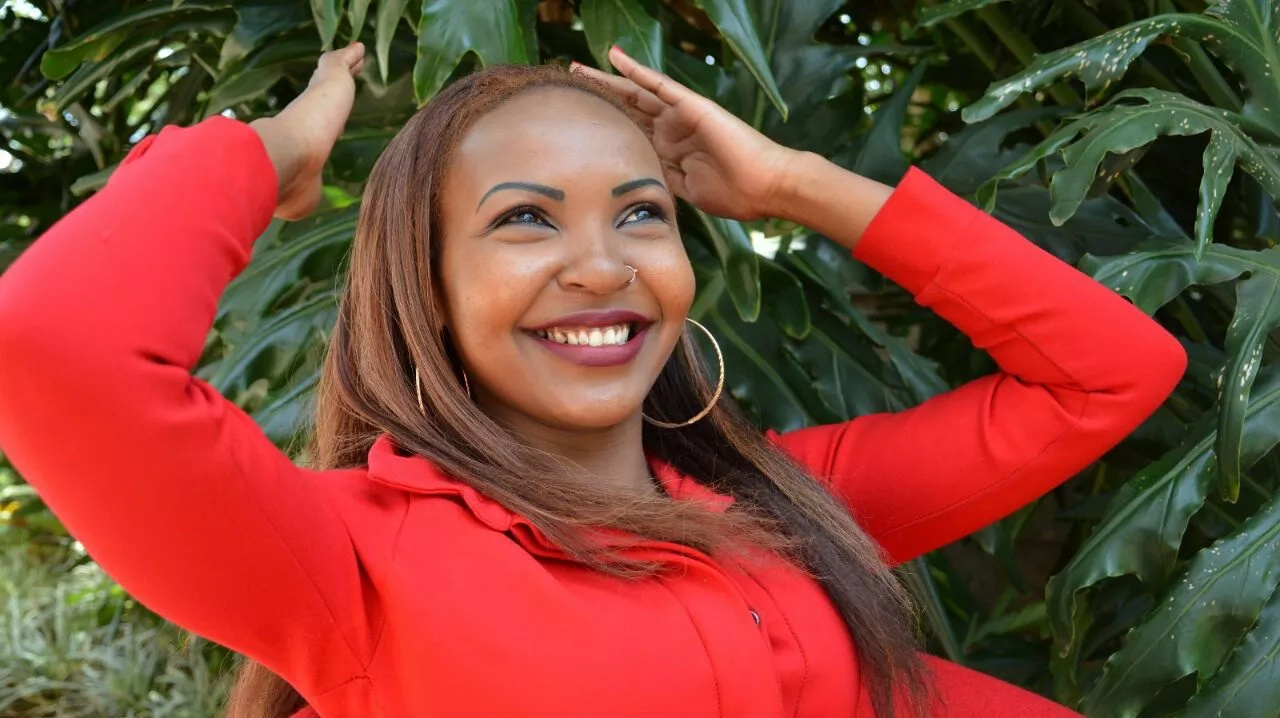 Video: Kenyan TV host declares love for Larry Madowo