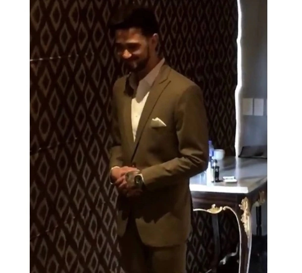1st look at Billy Crawford's suit for his wedding goes viral