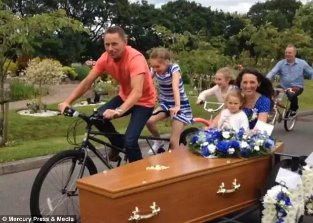 Wife creates special casket for husband who was scared of hearses