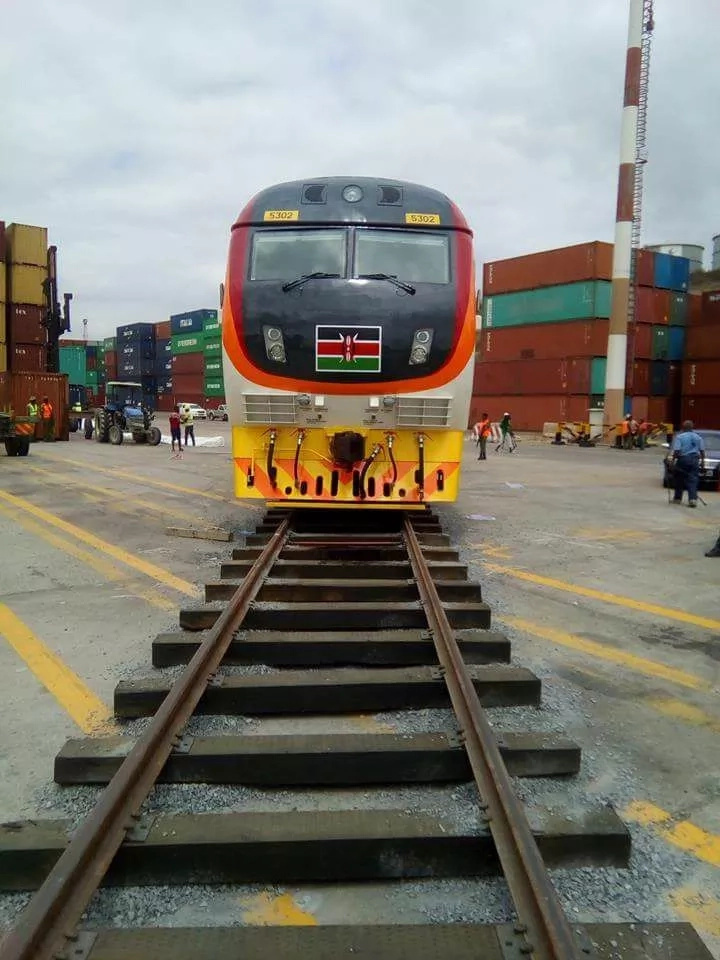Forget what Uhuru said, this Kenyan has the RAW and DETAILED experience of the SGR train