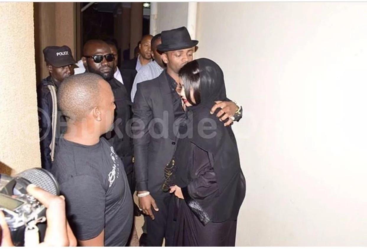 Diamond Platnumz finally meets with Zari Hassan's alleged new boyfriend (Photos)