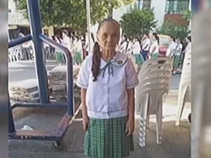 Matandang Lola, 79 Years Old Na Ngunit Nag-Aaral Parin! Alamin ang Kanyang Kwento!