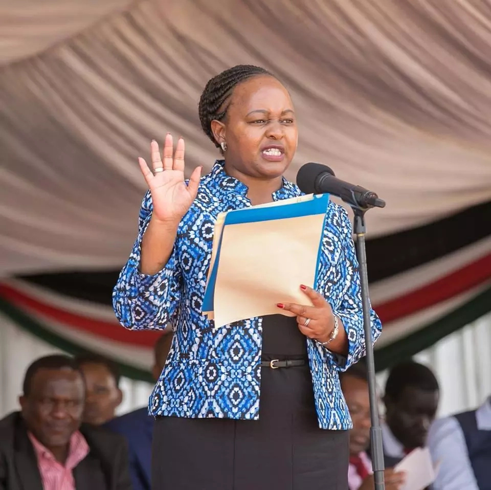 Mt. Kenya leaders pile pressure on Uhuru to sack top CS