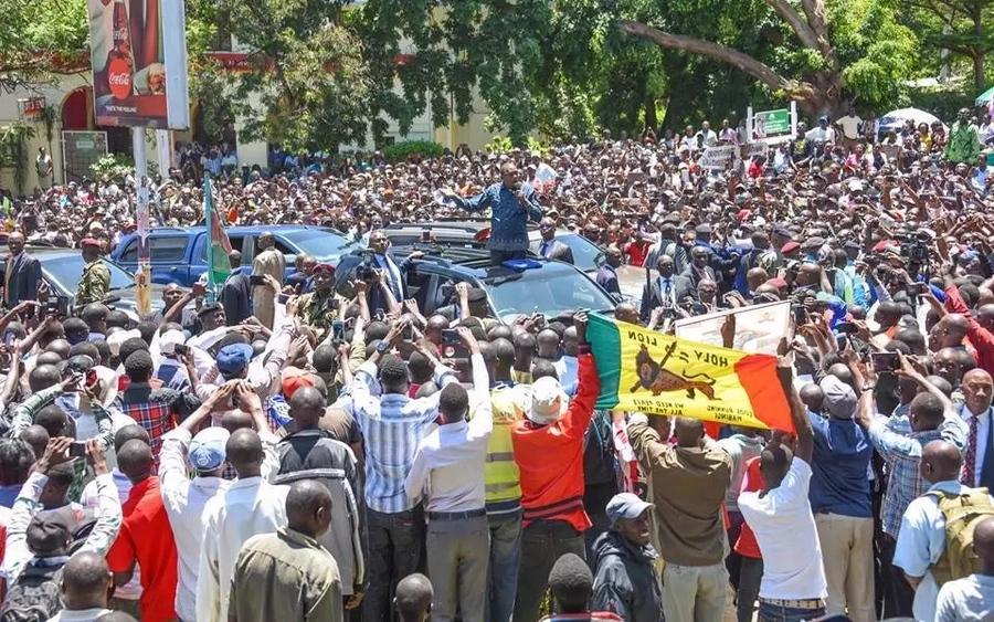 Hivi ndivyo Rais Uhuru alivyopokelewa Kisumu