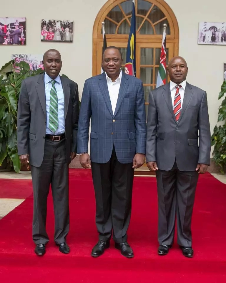 Uhuru Kenyatta formally receives former Raila men at State House (Photos)