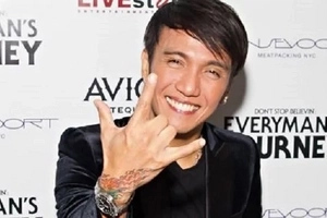 Journey lead singer Arnel Pineda triumphs past battle against drug addiction