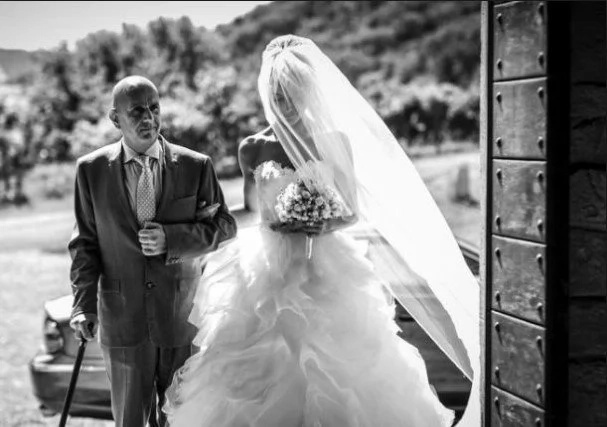 Young bride who married old millionaire discovers he's her biological GRANDPA! But they're staying together…