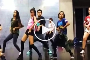 Sino ang panalo? Andrea Brillantes and Awra Briguela engage in round 2 of their epic dance showdown