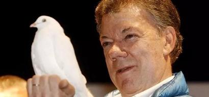 12 fotos que dicen por que Santos obtuvo el Premio Nobel