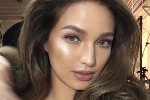 8 photos of Sarah Lahbati that will make all women jealous