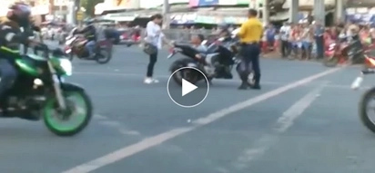 Galing ng effort! Woman thought they violated traffic but was a staged wedding proposal