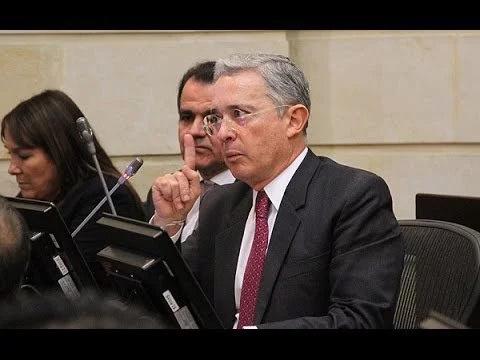 Uribe pone condiciones para su participación en los diálogos