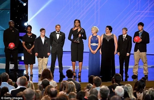 Michelle about to present the award. Photo: Getty Images
