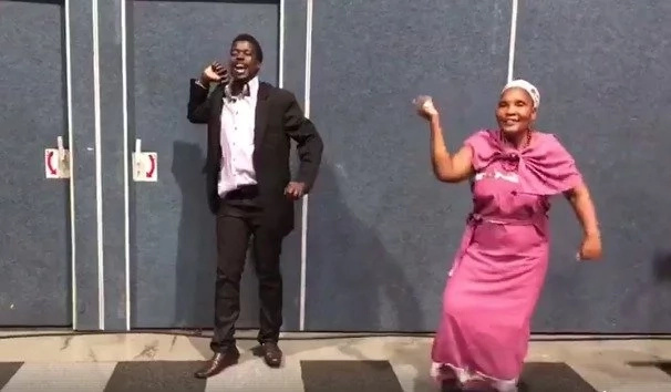 This African family gets dancing at a graduation and the internet absolutely loves it