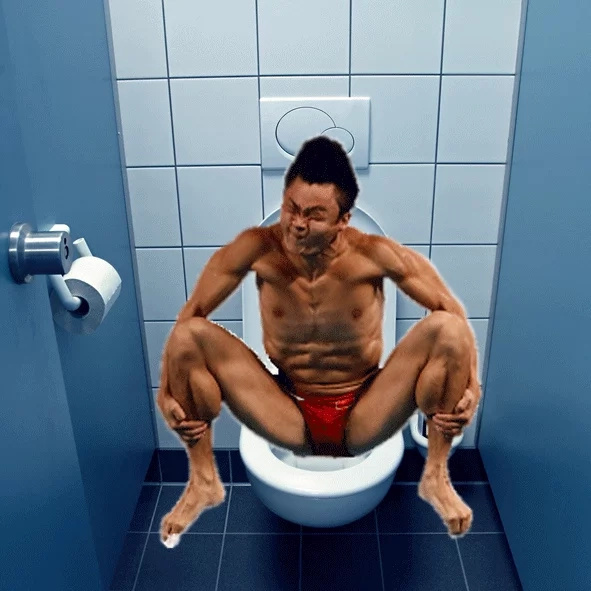 Funny photos of divers on toilet sends the internet wild