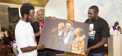 Tanzia: Babake mchekeshaji maarufu Hamo azikwa