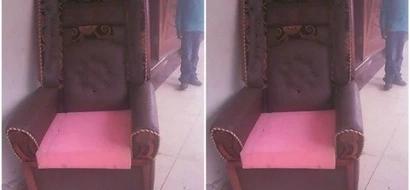 Padre wa Katoliki akataa kiti cha maelfu ya pesa baada ya kukaliwa na Gavana