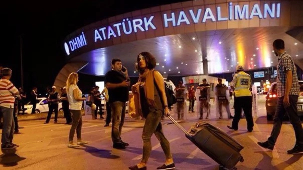 Cancillería busca a colombianos en Estambul