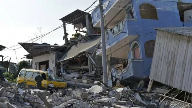 [UPDATE] Ecuador quake death toll now at 480, 1700 still missing