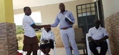 Kitendo cha mwanahabari huyu KIMEWAPENDEZA maelfu ya Wakenya-Picha