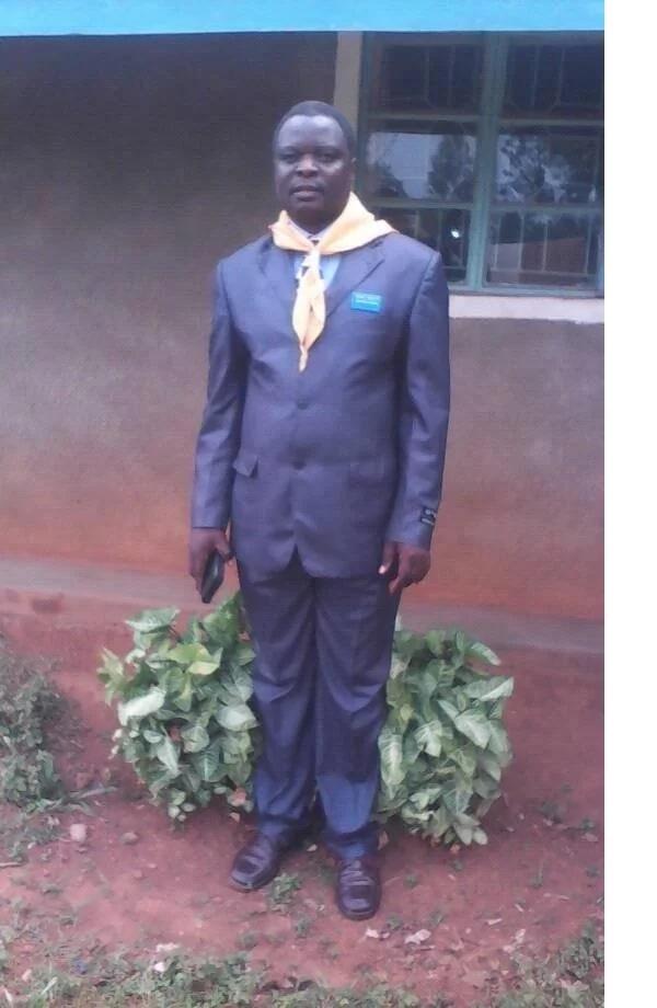 Baba ashangaza watumiaji wa mitandao kwa kufichua bintiye ni BIKIRA