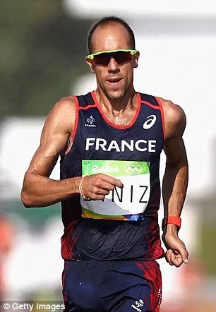 Brave French athlete finishes race despite stomach problem