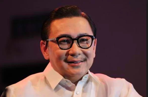 ER Ejercito slams Aquino on Facebook