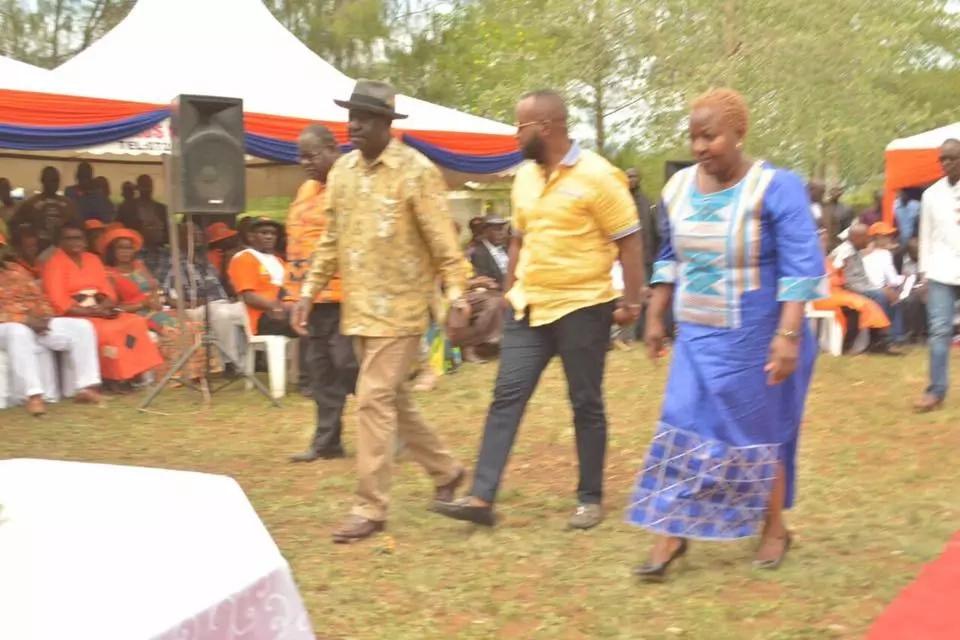 Happening now! Raila, Joho and Cyprian Awiti ARRIVE at Otieno Kajwang home