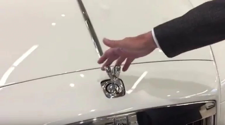 Are you fast enough to steal a Rolls Royce hood ornament?