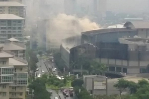 As if Martial Law is not enough, Market! Market! in Taguig is now on fire