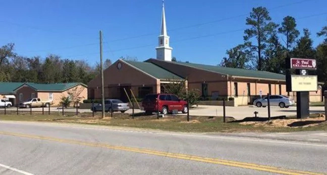 South Carolina Churchgoer Stabs Fellow Parishioner. Because God Said So?!