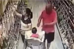 People Are On The Lookout After Seeing What This Man Did With Her Baby In A Supermarket
