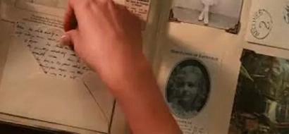 Encontró una carta que llebava 90 años escondida, entró en shock al saber el secreto que su madre le ocultó
