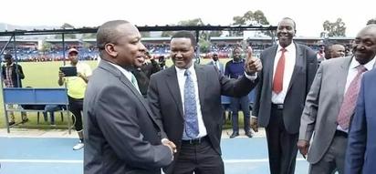 Magavana sasa wataka Uhuru na Raila kukutana ili kuiokoa Kenya
