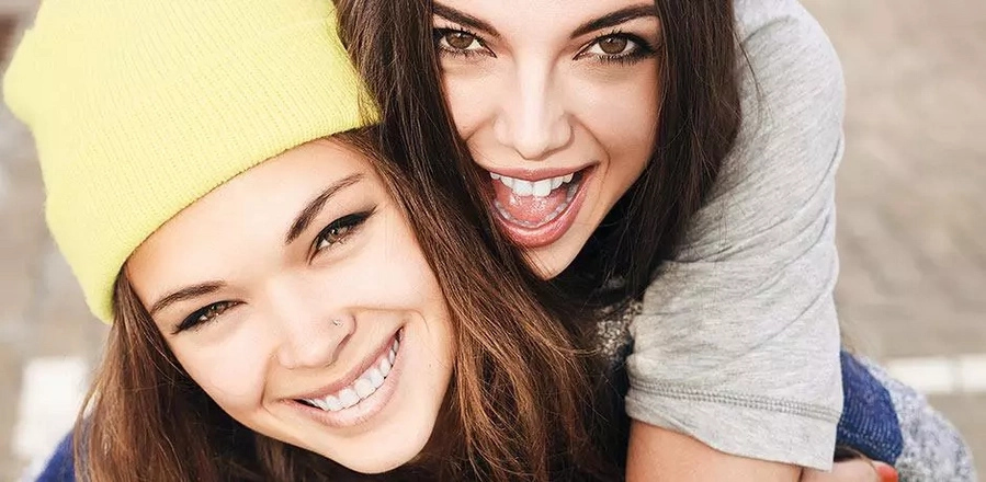10 signs you're fortunate to have the best friendship ever
