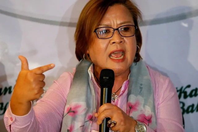 De Lima bashes her detractors during privilege speech