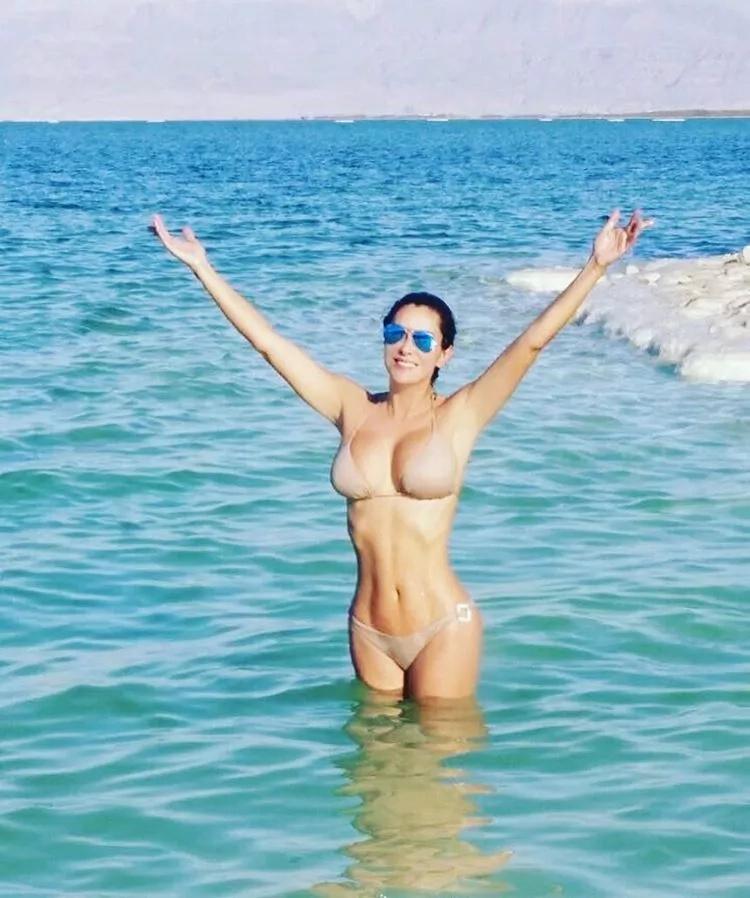 Ninel Conde se mostró en bikini en Israel