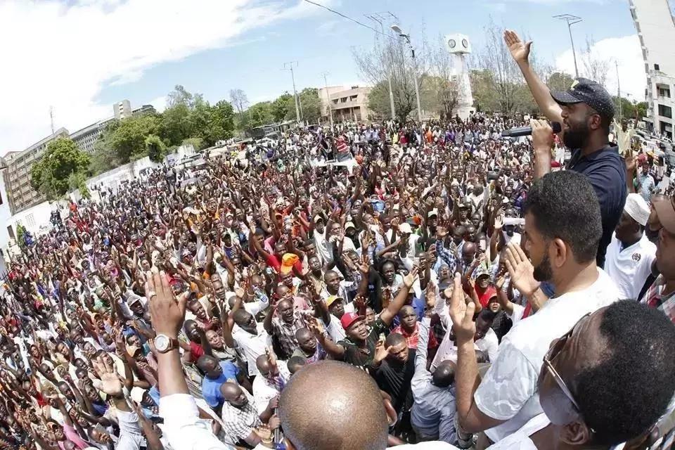 Joho afutilia mbali mkutano wake wa hadhara Kibera