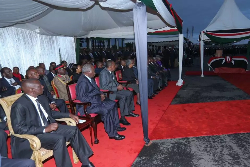 Uhuru Kenyatta declares three days of national mourning