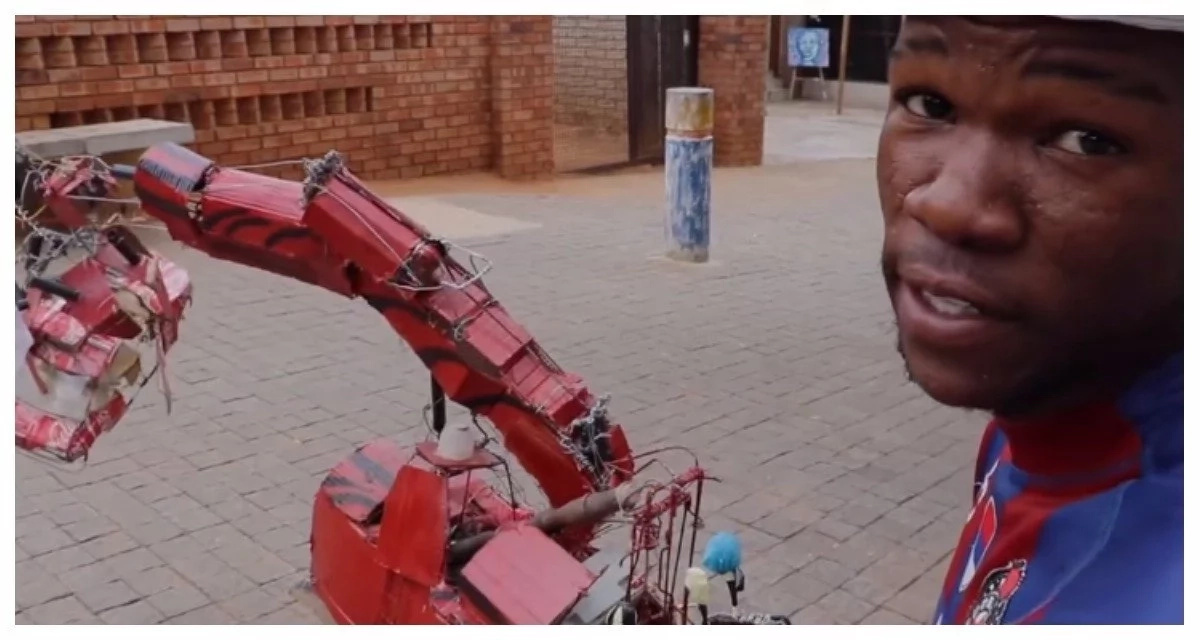 Rise of the machines! A talented young man built a working robot out of scrap