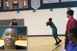 See touching moment boy, 13, with NO ARMS scores winning shot in basketball match (photos, video)
