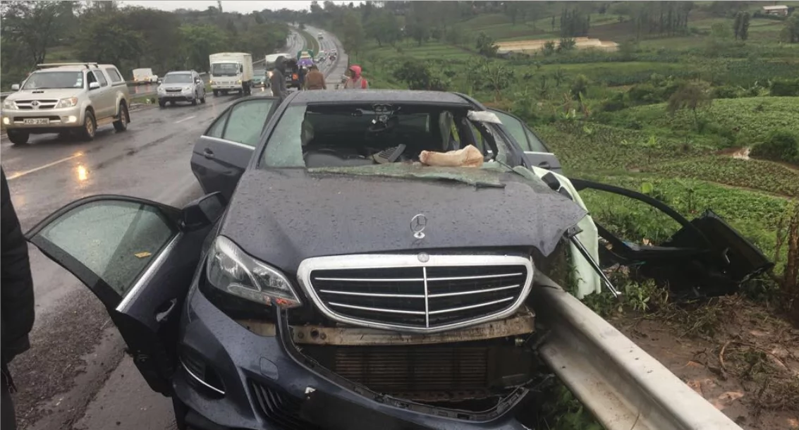 Eye witness of road accident