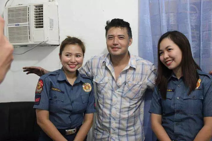 mark-anthony-policewomen