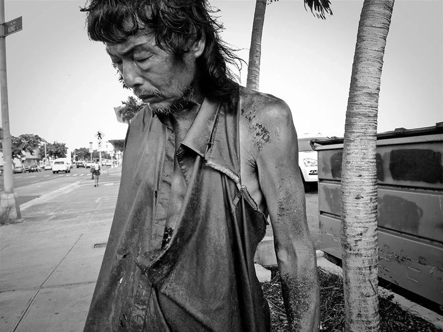This photographer captures homeless people for almost 10 years. What she discovered with her long term project shocked her. Find out why!