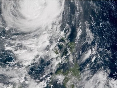 Safe na ang Pinas! Super Typhoon Lawin left the Philippines' land mass