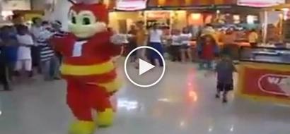 Bida ang saya! Netizens go crazy over epic dance battle in mall between Jollibee and Shakey's mascots