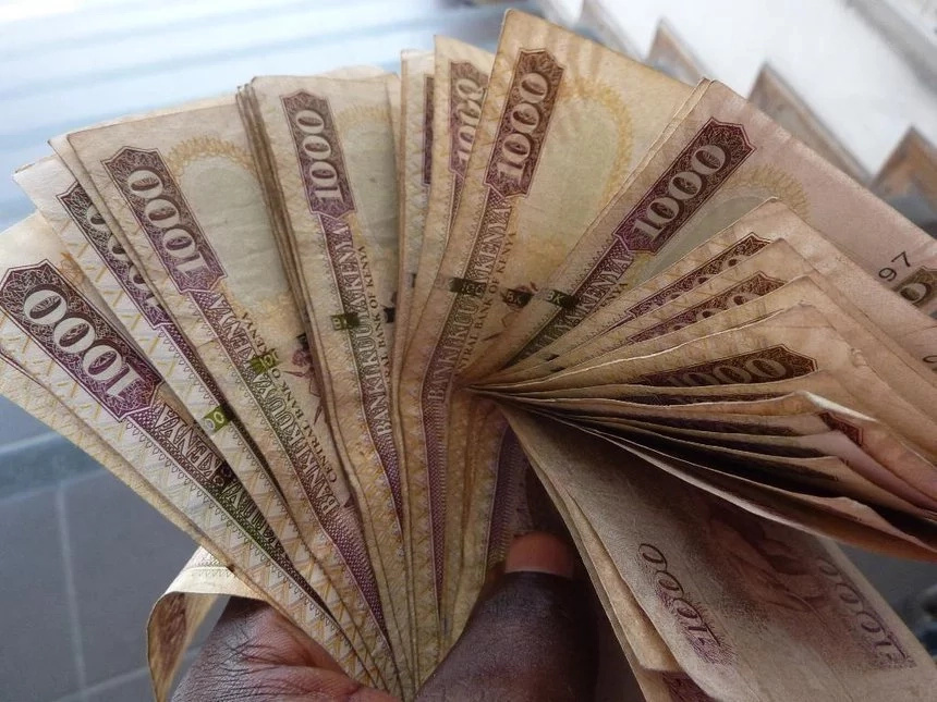 10 INCREDIBLE ways Kenyans deny themselves opportunities through poor people mentality